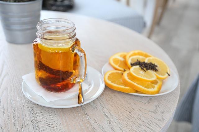 čaj s citronem